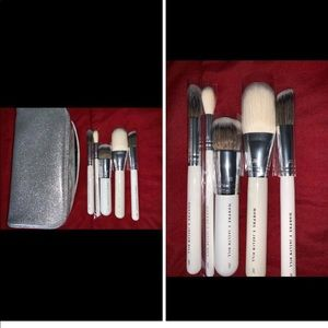 Jacklyn hill brush set
